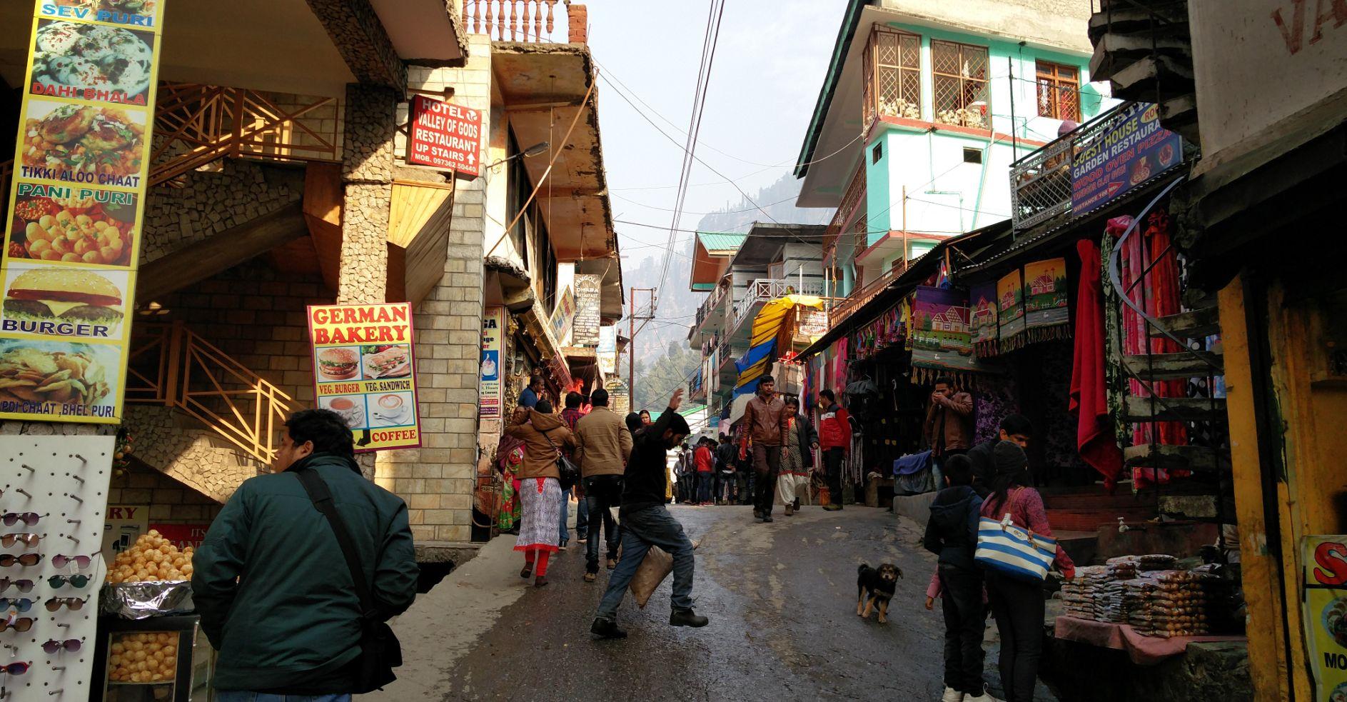 Vashisht village market