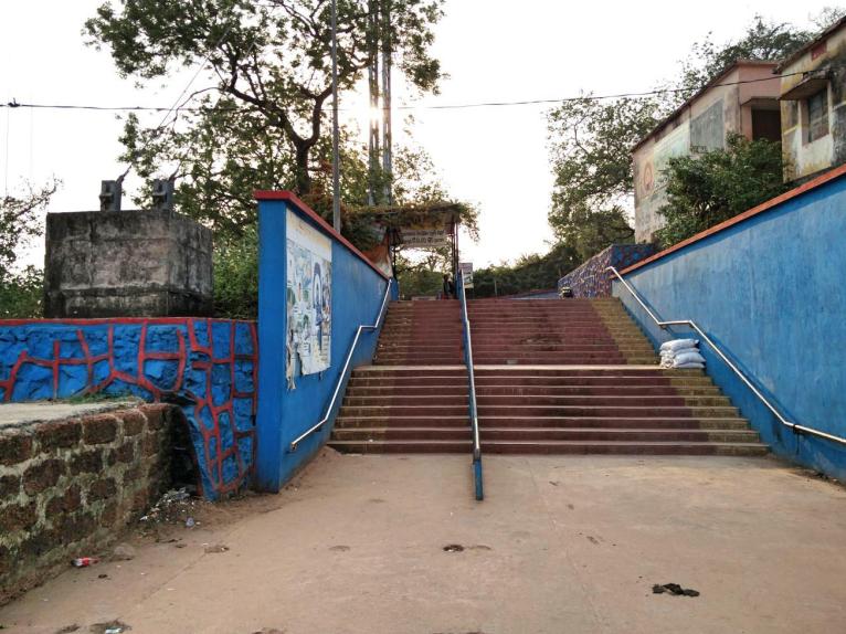 Reaching Dhabaleswar Temple